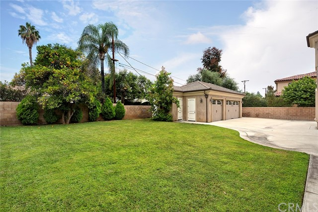 77 W Longden Avenue, Arcadia CA: http://media.crmls.org/medias/07ed9791-9da5-42f3-8339-95c1ccd15bf7.jpg