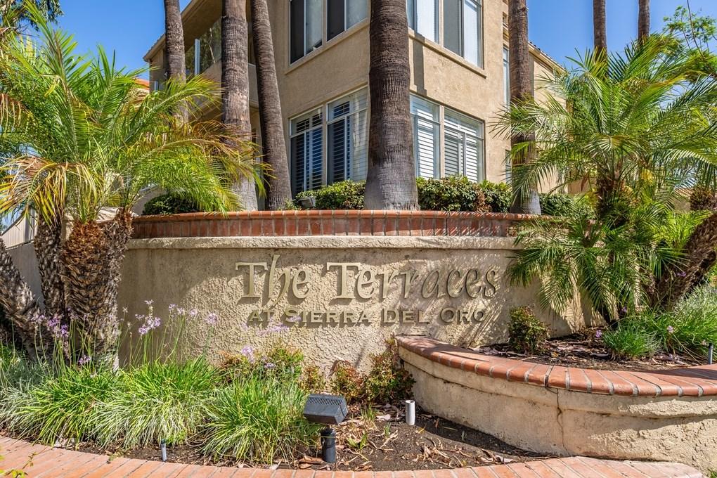 3160 Castelar Court, Corona CA: http://media.crmls.org/medias/07ff89db-f778-4be9-9a50-979428b5ae74.jpg