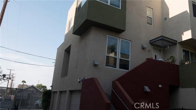 329 E Dayman Street, Long Beach CA: http://media.crmls.org/medias/0810b823-370b-47f0-8675-bf3b9f9905b4.jpg