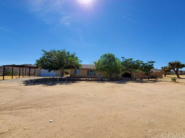 8423 Paradise View Rd, Yucca Valley, CA 92284 Photo