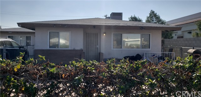 27381 5th Street, Highland CA: http://media.crmls.org/medias/08230316-6f89-4ea6-bd13-a609f6bff4ad.jpg