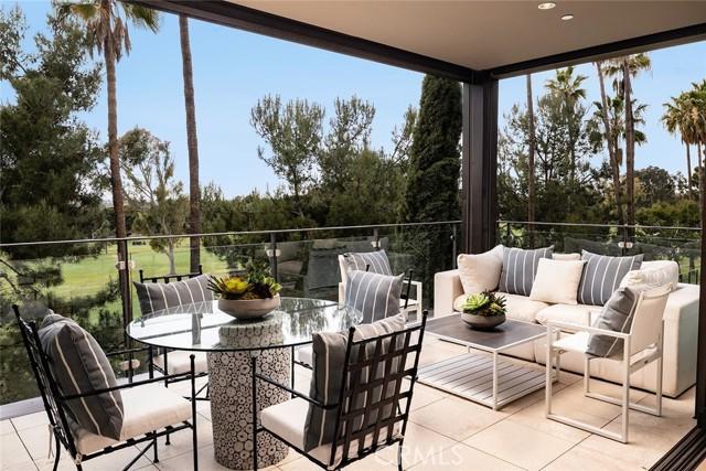 1319 Santa Barbara Drive, Newport Beach CA: http://media.crmls.org/medias/082ce13b-d310-492b-ba8b-6b5b4f0f89f7.jpg