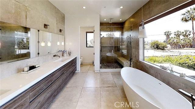 607 N Curson Avenue, Los Angeles CA: http://media.crmls.org/medias/082e9415-6b4a-4acf-9241-60a3d0f9d19b.jpg