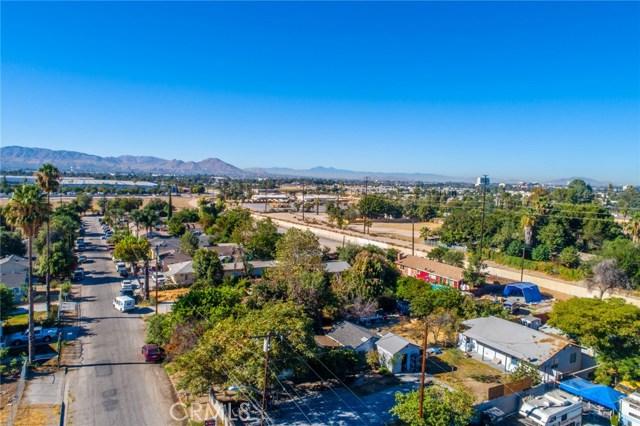 1178 Barton Street, San Bernardino CA: http://media.crmls.org/medias/082f7d73-c68d-4c3c-a36b-7041ebc68742.jpg