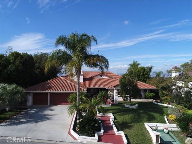 واحد منزل الأسرة للـ Sale في 6831 E Avenida De Santiago 6831 E Avenida De Santiago Anaheim Hills, California 92807 United States