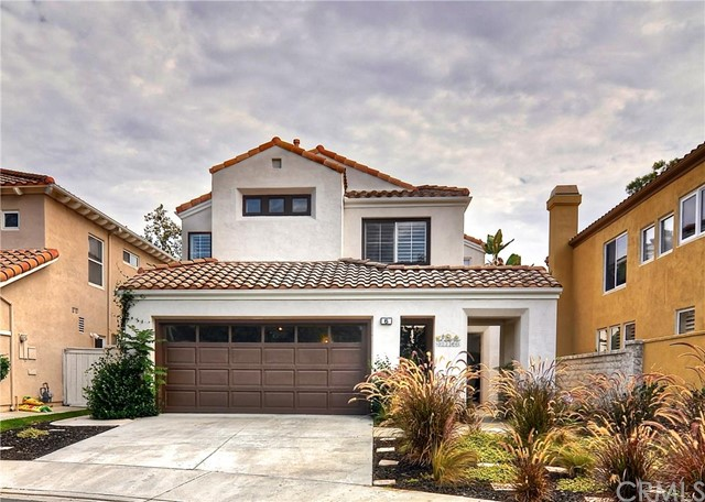 Single Family Home for Sale at 6 Alamitos St Lake Forest, California 92610 United States