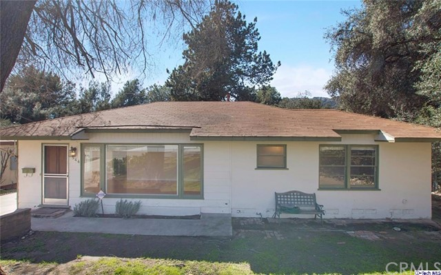 3544 Encinal Avenue La Crescenta, CA 91214 is listed for sale as MLS Listing 317000625