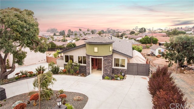 Property for sale at 2452 Bayview Heights Drive, Los Osos,  CA 93402