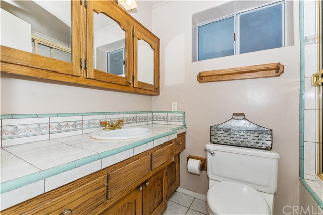 27390 Matterhorn Drive, Lake Arrowhead CA: http://media.crmls.org/medias/0871183f-0e47-4711-a60a-b6924e9d3894.jpg