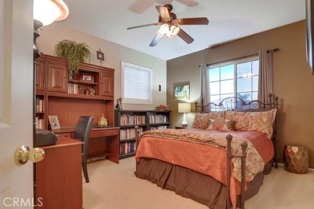 598 Redondo Lane, Corona CA: http://media.crmls.org/medias/088b0734-718f-4522-af56-5fdfca02e355.jpg