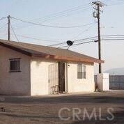 10479 Alder Avenue, Bloomington CA: http://media.crmls.org/medias/088cf7bf-58cb-4b9a-8e70-2fd72311bb48.jpg