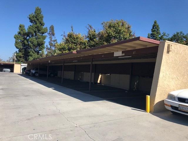 1010 W Macarthur Boulevard, Santa Ana CA: http://media.crmls.org/medias/088f0d6c-7ed8-4c7e-b955-875248c01033.jpg