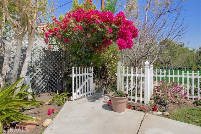 24312 Twig Street, Lake Forest CA: http://media.crmls.org/medias/089ab98f-8f10-40ab-8251-c62d55a31046.jpg