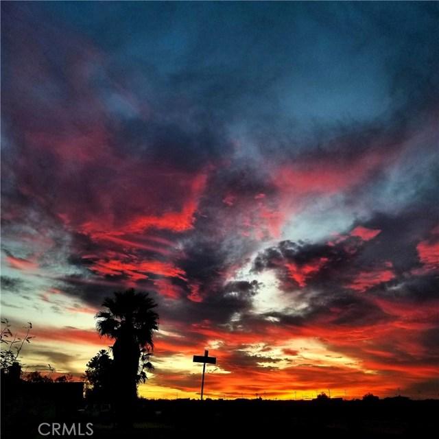 71915 Samarkand Drive, 29 Palms CA: http://media.crmls.org/medias/089e8763-9db4-47fa-a808-f97ef2c524f9.jpg
