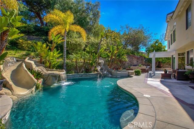 280 S Willowcreek Lane, Anaheim Hills, California