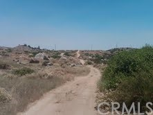 Additional photo for property listing at 37 Minton Road  Homeland, California 92548 United States