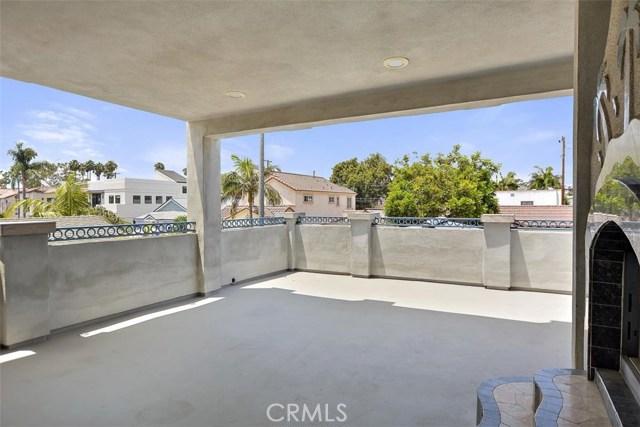 62 Saint Joseph Avenue, Long Beach CA: http://media.crmls.org/medias/08a77977-5491-4d6a-9014-daf38da6f730.jpg