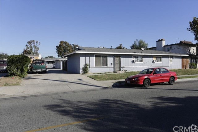 Single Family for Sale at 1901 W. Washinton Santa Ana, California 92701 United States