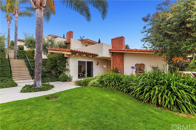 507 Avenida Campo Newport Beach, CA 92660 is listed for sale as MLS Listing NP18120106