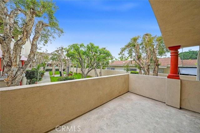 1645 E 68th St, Long Beach, CA 90805 Photo 8