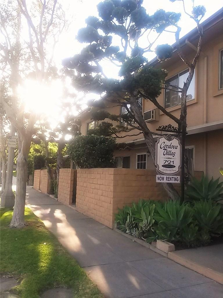 721 Cordova Street, Pasadena CA: http://media.crmls.org/medias/08c2d556-d0f1-415a-bdc4-8e26ecb3b392.jpg