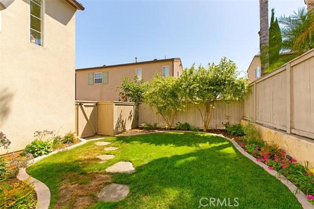 107 Waterman, Irvine CA: http://media.crmls.org/medias/08c8c5bf-85b9-4600-852d-d9e4b236f876.jpg