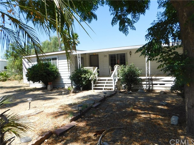 33555 Valencia Street Wildomar, CA 92595 is listed for sale as MLS Listing IV17172305