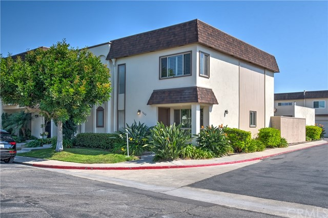 Photo of 9842 Villa Pacific Drive, Huntington Beach, CA 92646