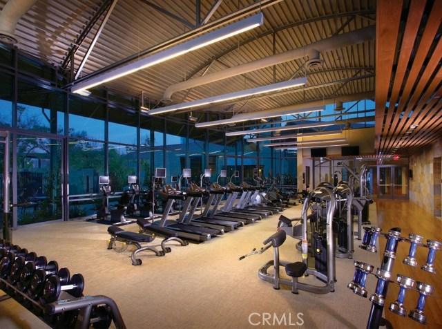 513 Rockefeller, Irvine CA: http://media.crmls.org/medias/08f502c8-04cc-4ac8-9c87-d275a0f03546.jpg
