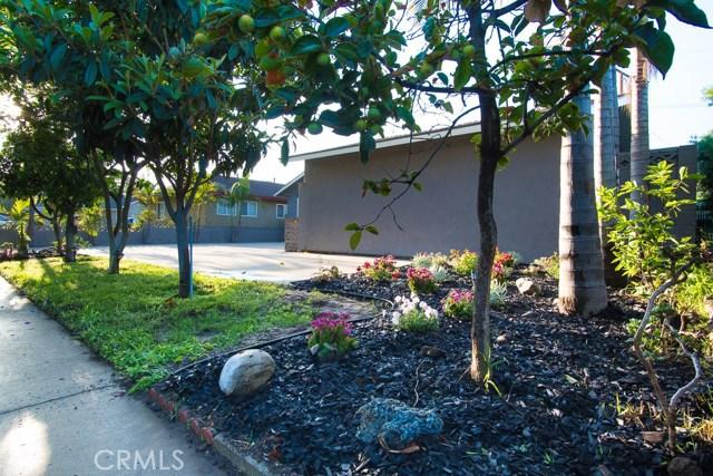 1525 E Wellington Avenue Santa Ana, CA 92701 - MLS #: PW18266225