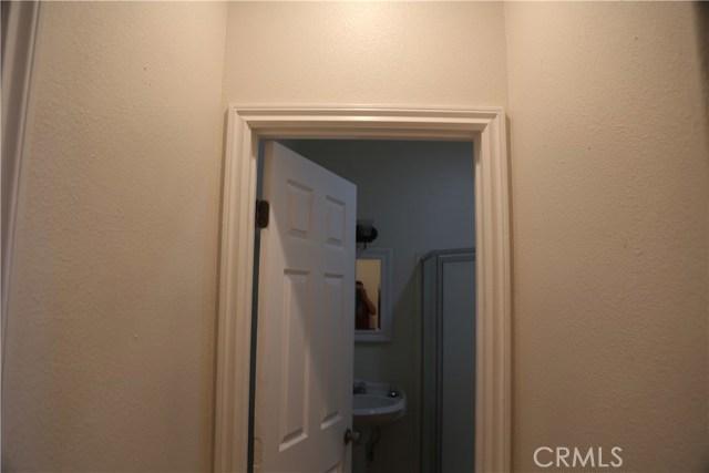 14794 Columbine Street, Victorville CA: http://media.crmls.org/medias/09091601-345a-4fe1-bf2a-df342786ae50.jpg