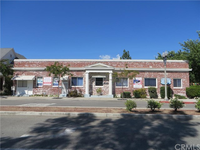 Additional photo for property listing at 201 N. 1st Avenue  Upland, California 91786 United States