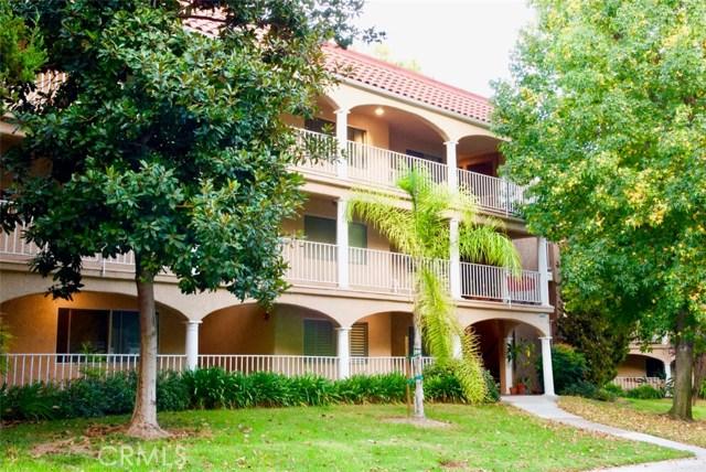 4002 Calle Sonora, Laguna Woods CA: http://media.crmls.org/medias/091275a4-00fe-46e1-a34a-7d6398560a49.jpg