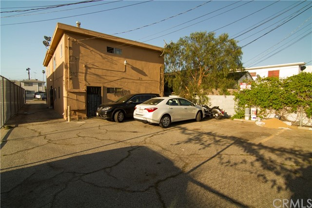 5406 Blackwelder Street, Los Angeles CA: http://media.crmls.org/medias/0916bd87-b328-4d5a-aabe-ef1f5ff729eb.jpg
