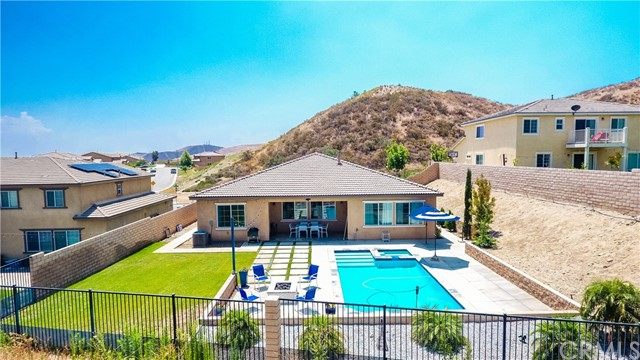 5407 N Pinnacle Lane San Bernardino, CA 92407 - MLS #: EV18174320