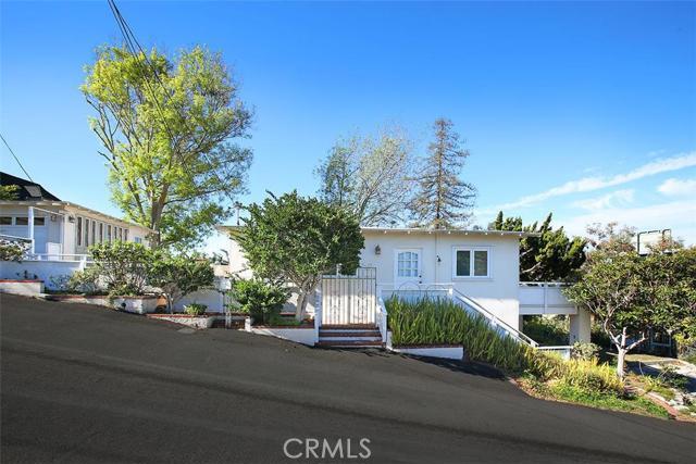 841 Fen Way Laguna Beach CA  92651