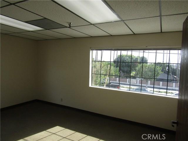 1801 E Heim Avenue, Orange CA: http://media.crmls.org/medias/093da773-16a7-4be5-a76a-e2e742f84324.jpg