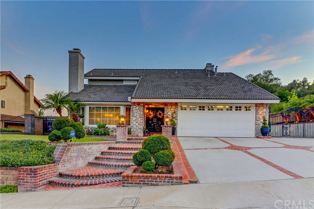 5 Los Felis Dr, Phillips Ranch, CA 91766