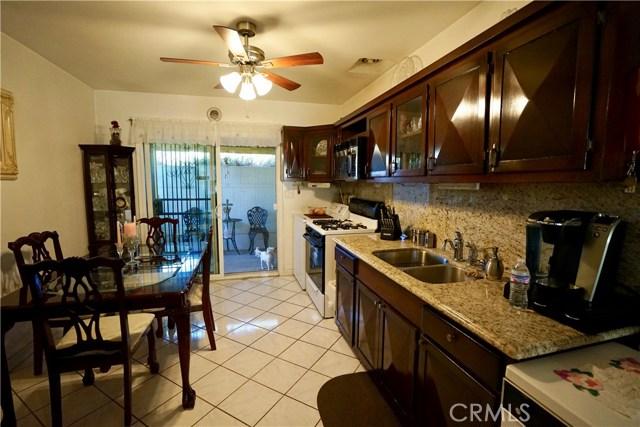 395 W Grand Avenue, Pomona CA: http://media.crmls.org/medias/094cbccf-fcdc-4003-ad61-90b5320bc35b.jpg