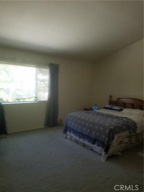 11306 Ainsley Avenue, Riverside CA: http://media.crmls.org/medias/09529bfc-0dfb-4dd6-b7da-c3b2fd4f09b8.jpg