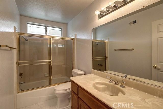1952 Birkdale Avenue, Upland CA: http://media.crmls.org/medias/09546cb0-7612-43c5-8529-67811f8cd1c1.jpg