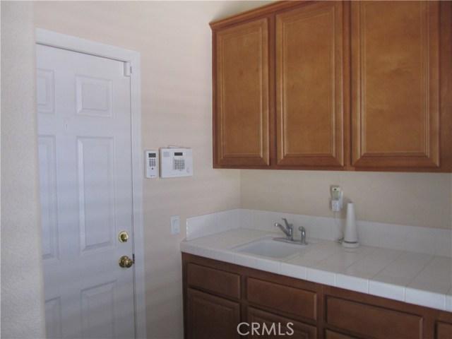 7548 Calistoga Place, Rancho Cucamonga CA: http://media.crmls.org/medias/0956002f-d455-437e-baee-970678a70bec.jpg