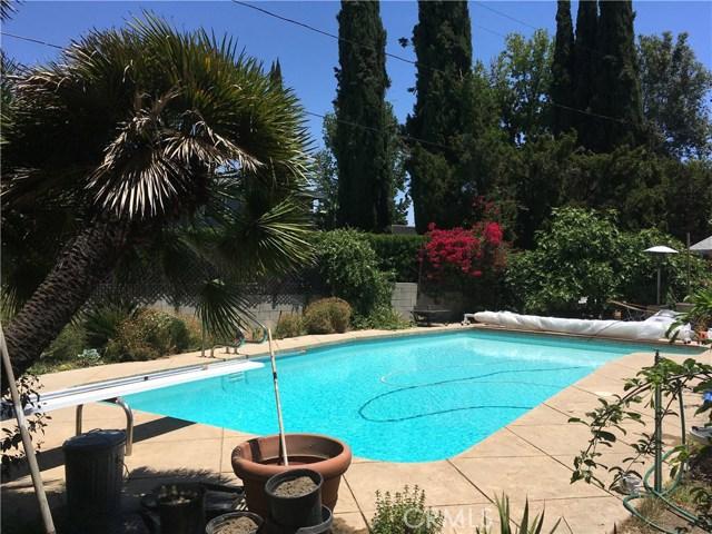 5027 Hayvenhurst Avenue, Encino CA: http://media.crmls.org/medias/0956353a-541e-4397-83a6-b9edb3b442de.jpg