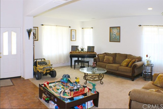 6055 Colonial Downs Street Eastvale, CA 92880 - MLS #: EV17234265
