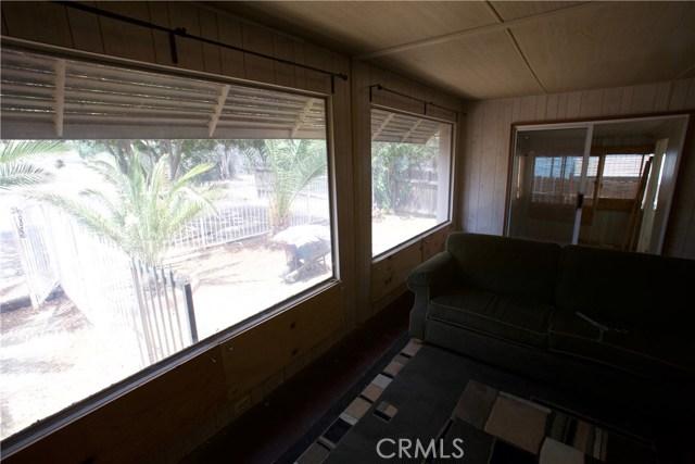 18291 Tereticornis Avenue, Lake Elsinore CA: http://media.crmls.org/medias/096f0f1e-3708-4966-a26e-34c0f7225d1c.jpg