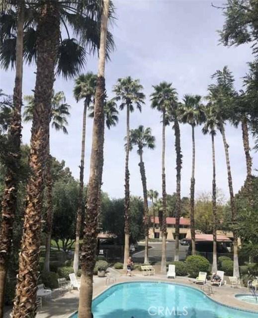 2809 N Los Felices E Circle, Palm Springs CA: http://media.crmls.org/medias/0978f9dc-51ab-45bb-b824-18fb99f62798.jpg