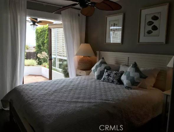 1935 Glenneyre Street, Laguna Beach CA: http://media.crmls.org/medias/098aa424-a0ea-4833-a752-75295b074163.jpg