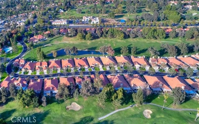 1301 Upland Hills S Drive, Upland CA: http://media.crmls.org/medias/098c3c88-6218-472d-b9fb-672d56fe5995.jpg