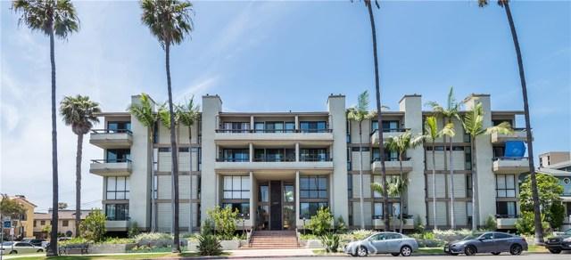 1007 S Catalina Avenue, Redondo Beach CA: http://media.crmls.org/medias/099415fe-a201-457f-a054-a3d28e766862.jpg