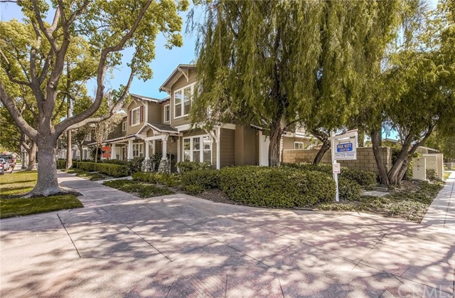 406 E Center St, Anaheim, CA 92805 Photo 4